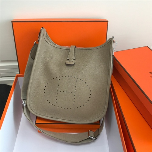 Hermes AAA Quality Messenger Bags For Women #861364