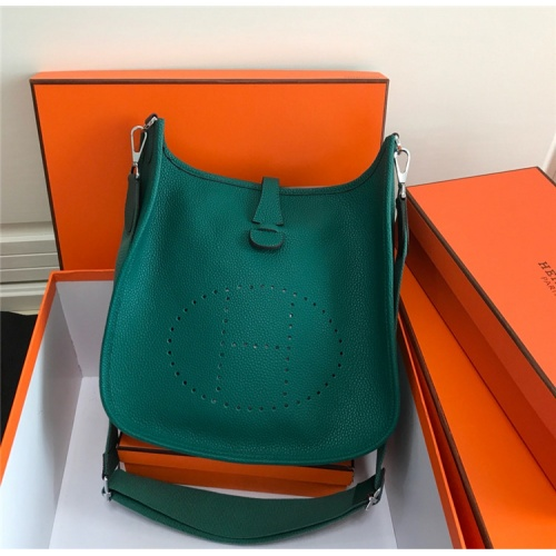 Hermes AAA Quality Messenger Bags For Women #861368
