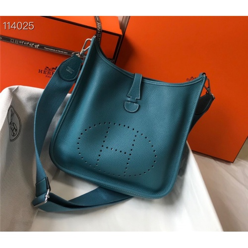 Hermes AAA Quality Messenger Bags For Women #861369
