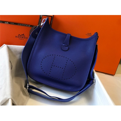 Hermes AAA Quality Messenger Bags For Women #861370