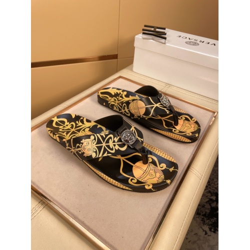 Versace Slippers For Men #862441