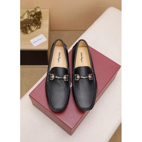 Ferragamo Leather Shoes For Men #862452