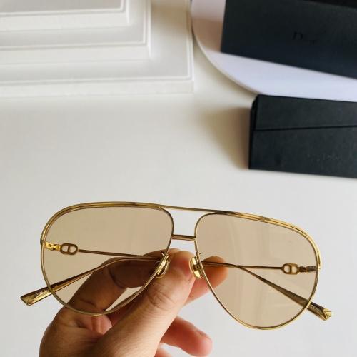 Christian Dior AAA Quality Sunglasses #862510