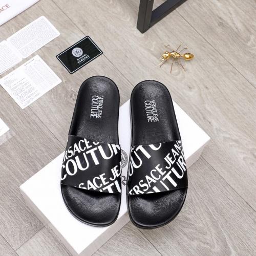 Versace Slippers For Men #862674