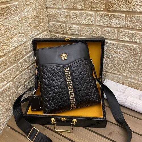 Versace AAA Man Messenger Bags #862704