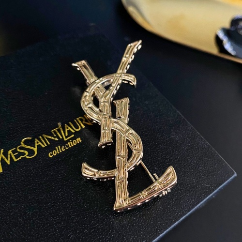 Yves Saint Laurent Brooches #862911