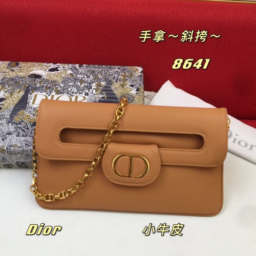 Christian Dior AAA Quality Messenger Bags For Women #862957