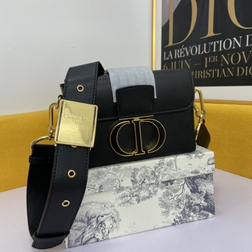 Christian Dior AAA Quality Messenger Bags For Women #862960