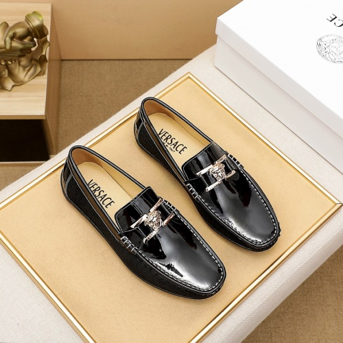 Versace Leather Shoes For Men #863562