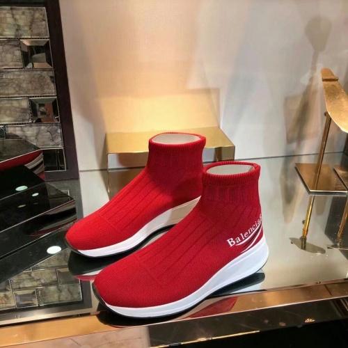 Balenciaga Boots For Women #863646