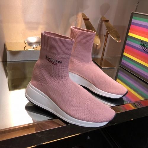 Balenciaga Boots For Women #863658