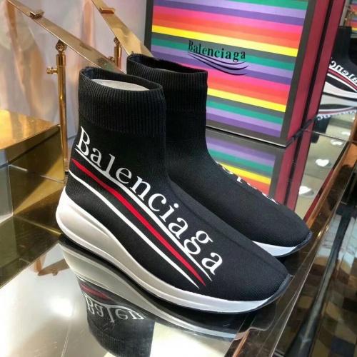 Balenciaga Boots For Women #863668