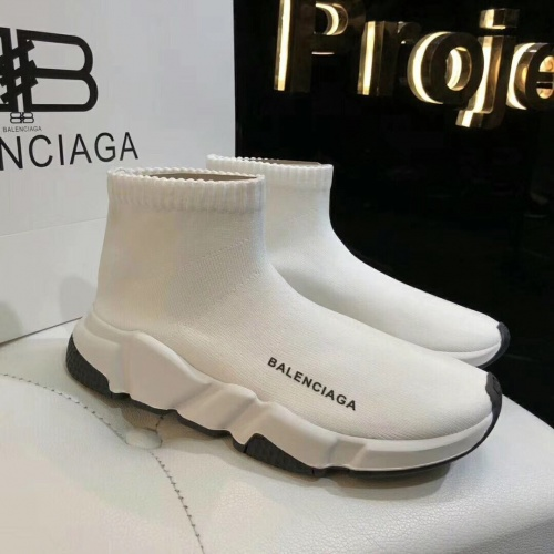 Balenciaga Boots For Women #863762