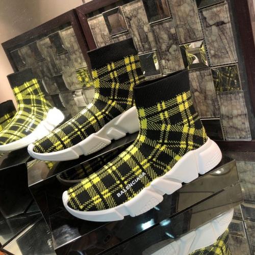 Balenciaga Boots For Women #863785