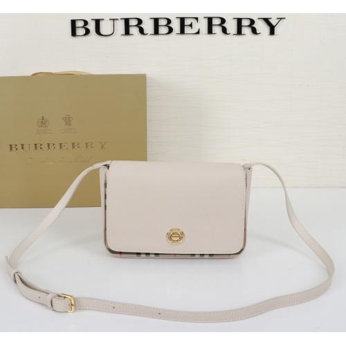 Burberry AAA Messenger Bags For Women #864039