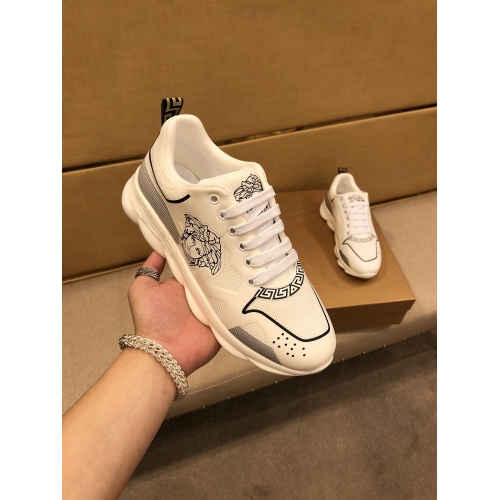 Versace Casual Shoes For Men #864435