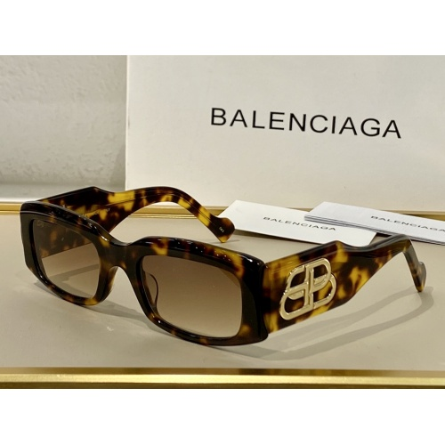 Balenciaga AAA Quality Sunglasses #864957
