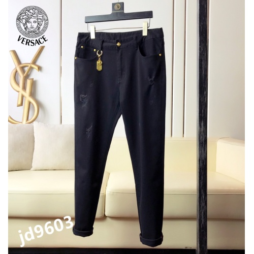 Versace Jeans For Men #865020 $48.00 USD, Wholesale Replica Versace Jeans