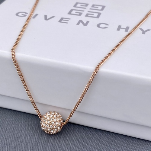 Givenchy Necklace #865559