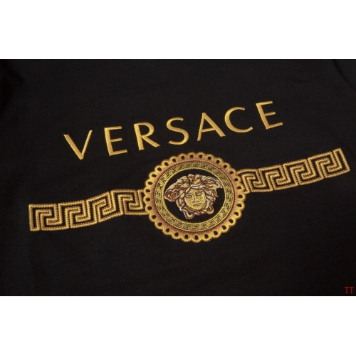 Replica Versace T-Shirts Short Sleeved For Men #865618 $32.00 USD for Wholesale