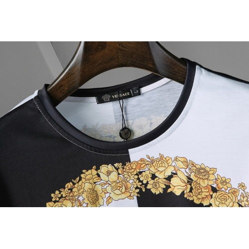 Replica Versace T-Shirts Short Sleeved For Men #866042 $25.00 USD for Wholesale