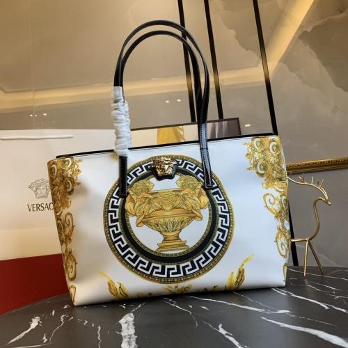 Versace AAA Quality Handbags For Women #866327 $112.00 USD, Wholesale Replica Versace AAA Quality Handbags