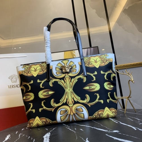 Versace AAA Quality Handbags For Women #866328
