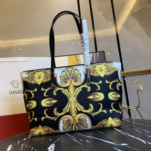 Replica Versace AAA Quality Handbags For Women #866328 $112.00 USD for Wholesale