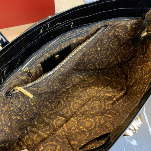 Replica Versace AAA Quality Handbags For Women #866329 $112.00 USD for Wholesale