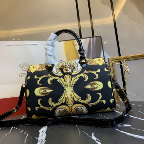 Versace AAA Quality Handbags For Women #866336 $112.00 USD, Wholesale Replica Versace AAA Quality Handbags