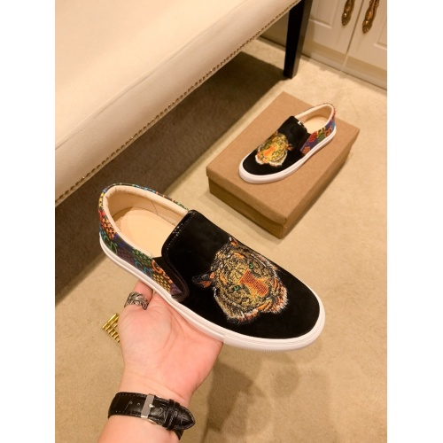 Replica Versace Casual Shoes For Men #866760 $76.00 USD for Wholesale