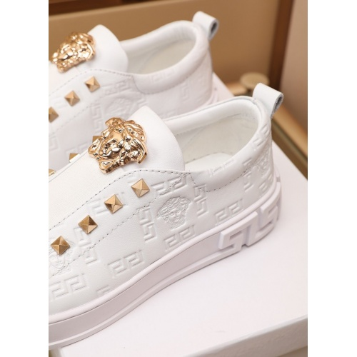 Replica Versace Casual Shoes For Men #866819 $17.00 USD for Wholesale