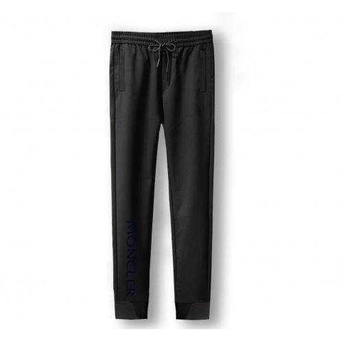 Moncler Pants For Men #867362