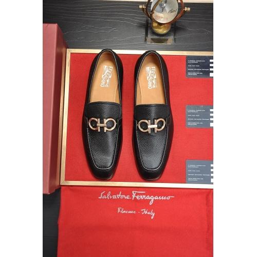 Ferragamo Leather Shoes For Men #867520