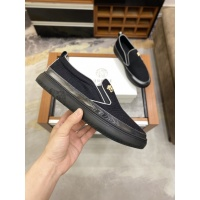 $72.00 USD Versace Casual Shoes For Men #856517