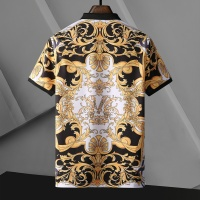 $25.00 USD Versace T-Shirts Short Sleeved For Men #865174