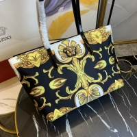 $112.00 USD Versace AAA Quality Handbags For Women #866328