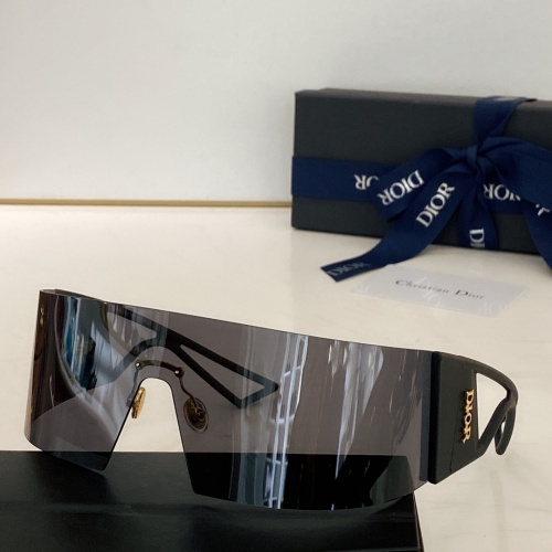Christian Dior AAA Quality Sunglasses #868065