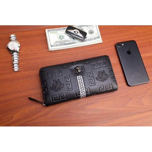 Versace AAA Man Wallets #868105