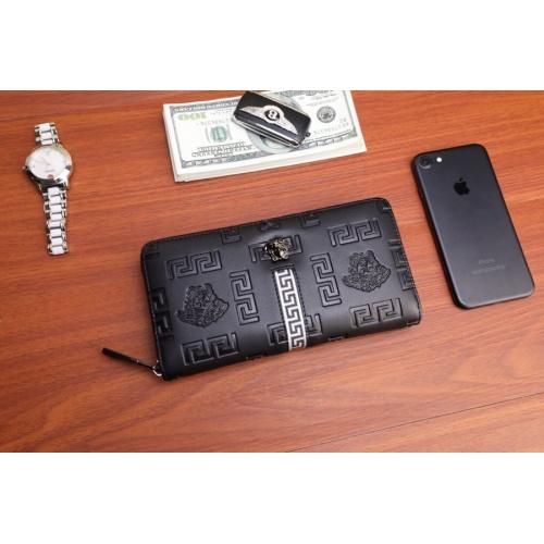 Versace AAA Man Wallets #868105