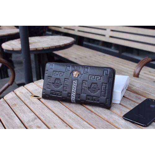 Versace AAA Man Wallets #868107
