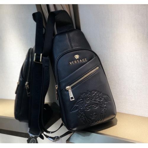 Versace AAA Man Messenger Bags #868146