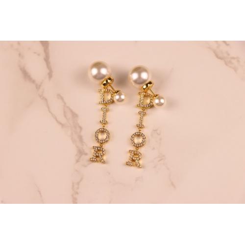 Christian Dior Earrings #868166