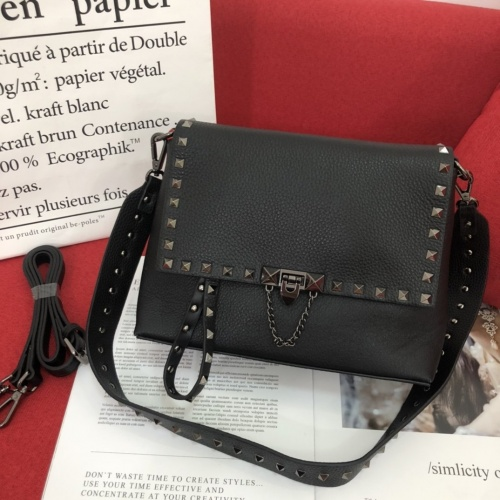 Valentino AAA Quality Messenger Bags For Women #868322