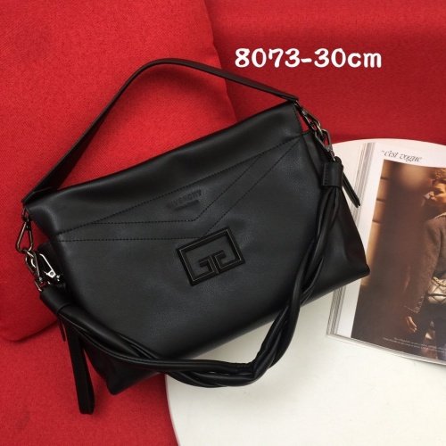 Givenchy AAA Quality Handbags For Women #868325