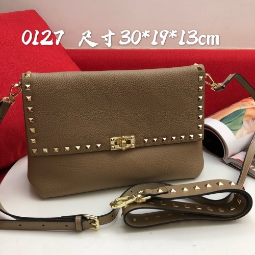 Valentino AAA Quality Messenger Bags For Women #868328