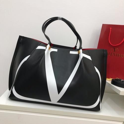 Valentino AAA Quality Handbags For Women #868359