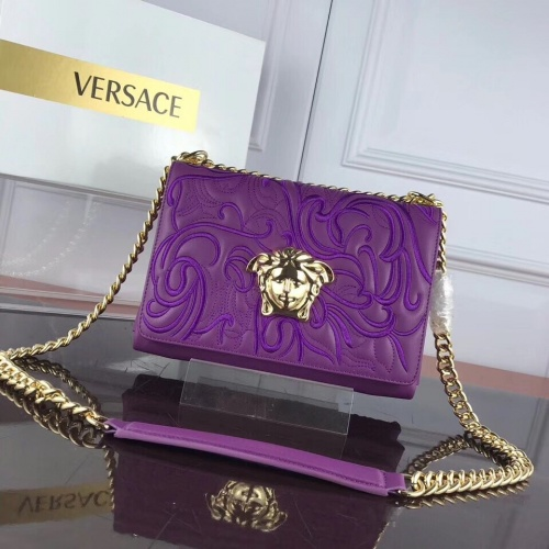 Versace AAA Quality Messenger Bags For Women #868367