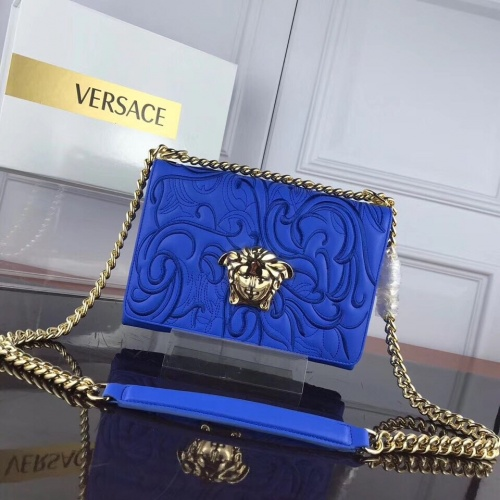 Versace AAA Quality Messenger Bags For Women #868369