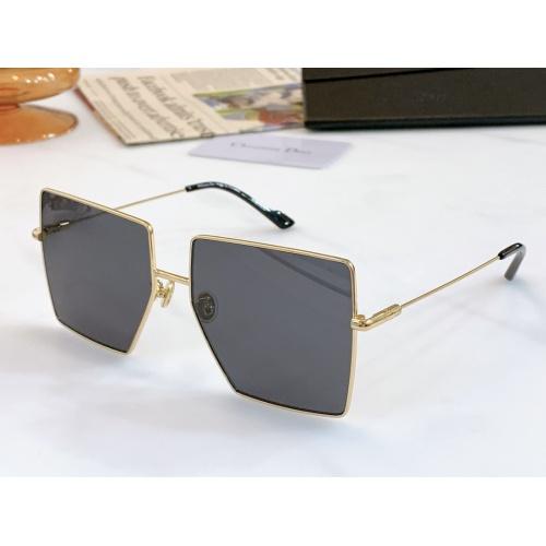 Christian Dior AAA Quality Sunglasses #868907